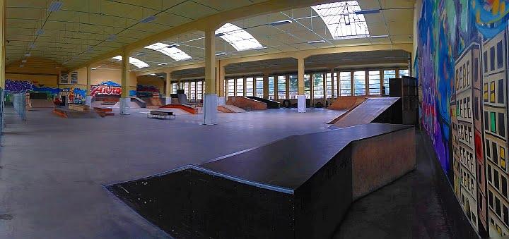 Skatepark Zajezdnia31 | Indoor Skate Park