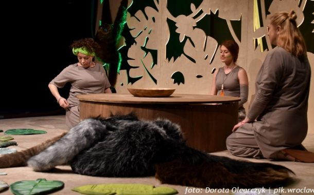 """Dać nura w zieloność, czyli """"Dżungla"""" we Wrocławskim Teatrze Lalek"""