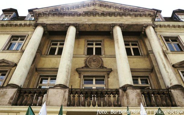 Survival, czyli jak pałac Wallenberg-Pachałych staje się Pałacem Sztuki