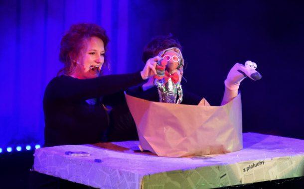 Kazio Sponge wróży i rozdaje prezenty