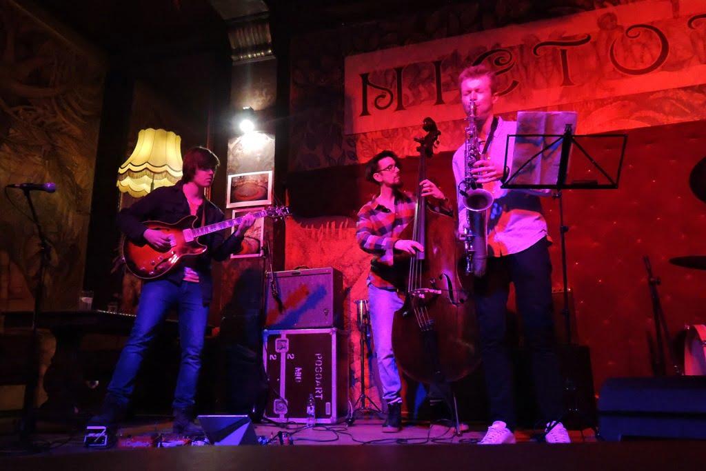 Skicki-Skiuk - na jazzowo i rockowo w klubie Nietota