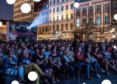 Kino plenerowe na Wrocławskim Rynku