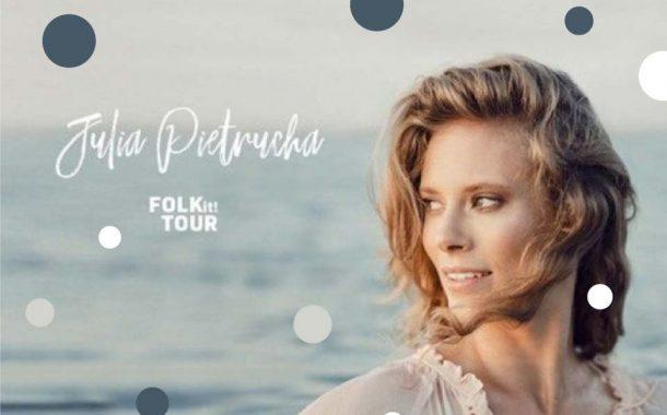 Julia Pietrucha | koncert – Letnie Brzmienia na placu przed Impartem 2021