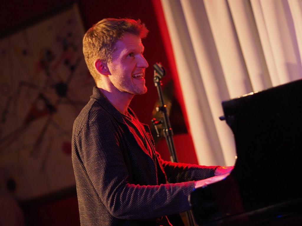 Piotr Wyleżoł Trio -  czyli always new jazz