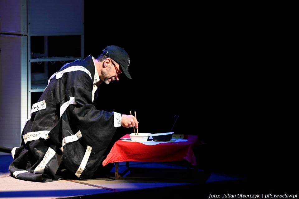 """Samotność w """"Nagasaki""""   premiera spektaklu WTW"""