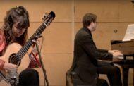 Kapitalne połączenie gitary z fortepianem | rozmowa