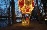 Magia Świąt w Parku Iluminacji w Zamku Topacz