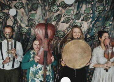 O muzyce między drzewami | spektakl plenerowy